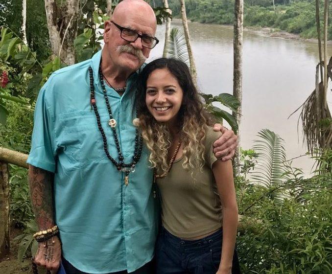 آشنایی با توماس راهب ۷۲ ساله در آمازون